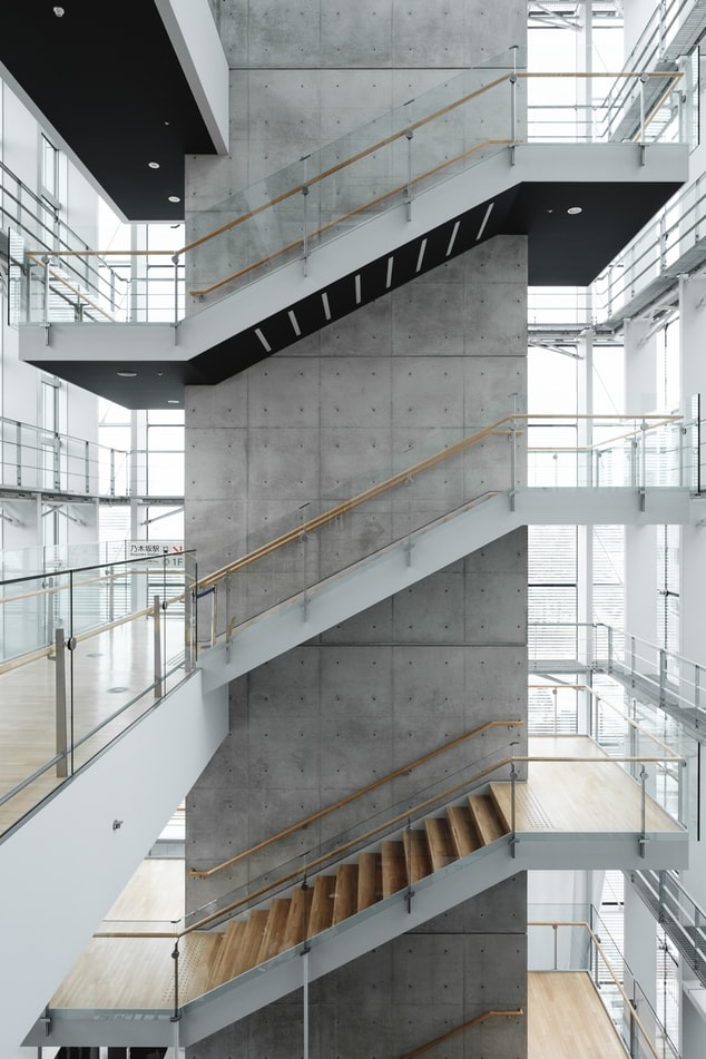 Glass balustrades in a commercial building
